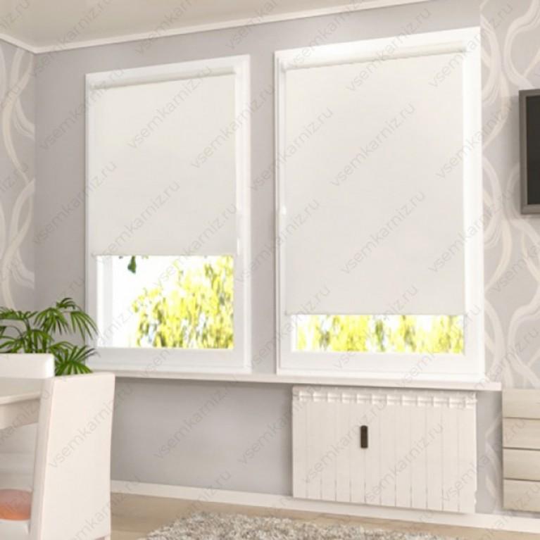 Рулонная штора «Лайт 02» Белая  с комплектом направляющих