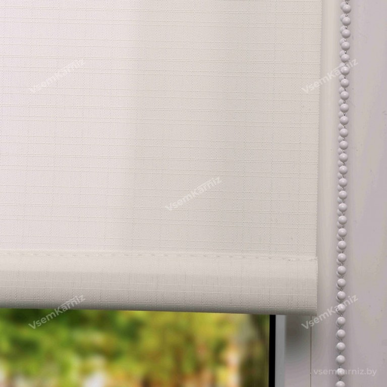 Рулонная штора «Лайт 02» Белая в коробе с направляющими